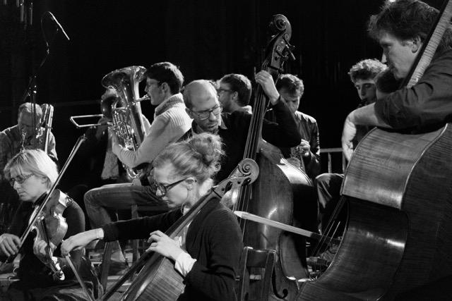 Occam Ocean, concert donné par l'orchestre Onceim à l'église Saint-Merri, à Paris, en septembre 2015.