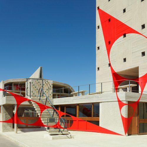 Triangles percés, Felice Varini, 2016.