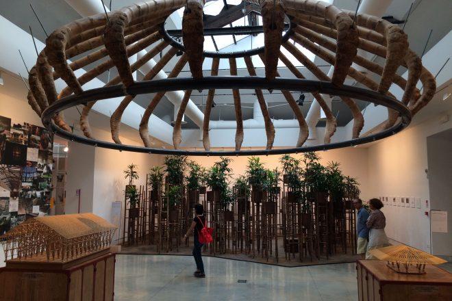 Le travail du bambou par l'architecte colombien Simon Vélez. Découvert dans le bâtiment central des Giardini