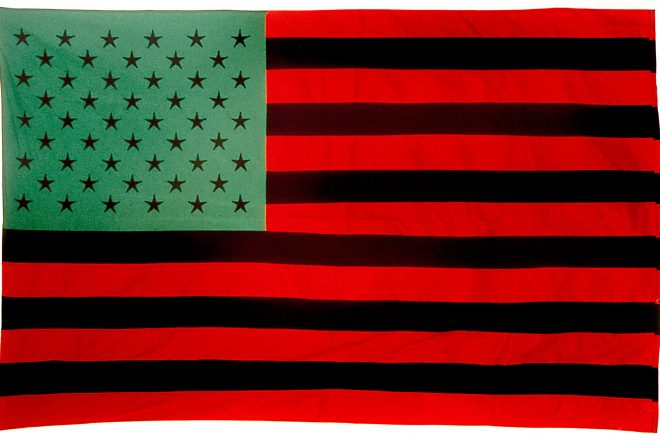 « U.N.I.A. Flag », David Hammons, 1990
