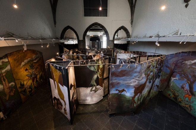 Vue de l'installation déployée à la salle Saint-George, Gérard Garouste