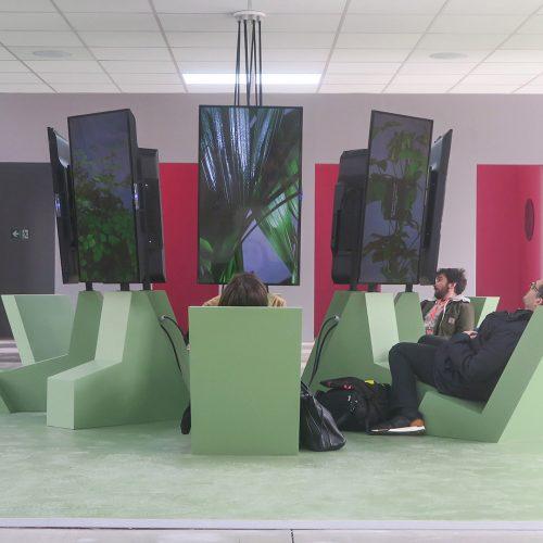 Vue de l'exposition Extravaillance, Didier Fiuza Faustino, Alain Damasio et Norbert Merjagnan.