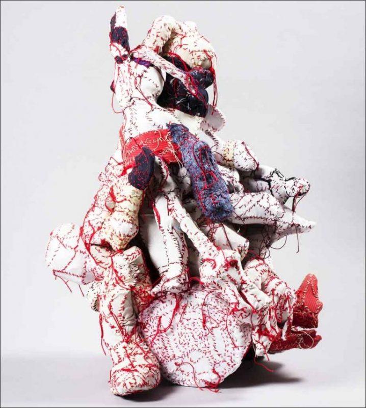 Sans titre (Paquet d'objets arrêtés), Michel Nedjar, 2014.
