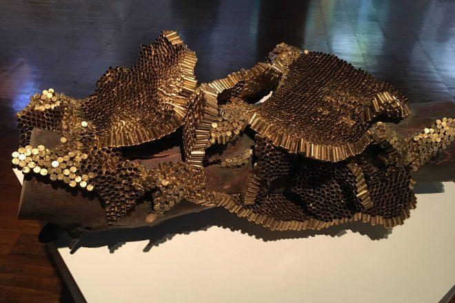 « Galettes de nids de frelons asiatiques », Isabelle Terrisse, 2017