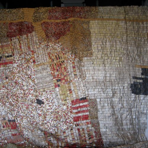 El Anatsui courtesy Musée national d'art moderne