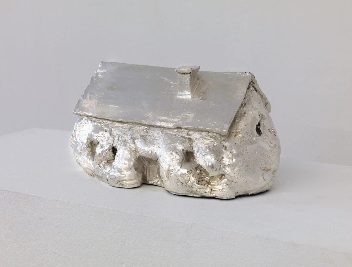 Erwin Wurm, courtesy galeries Thaddaeus Ropac (Paris), Xavier Hufkens (Bruxelles) et Lehmann Maupin Gallery (New York)