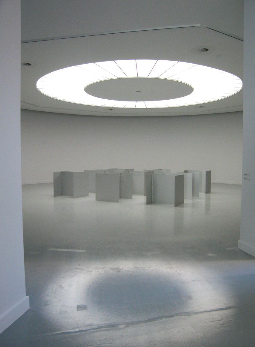 Robert Morris, collection Van Abbemuseum, courtesy M HKA