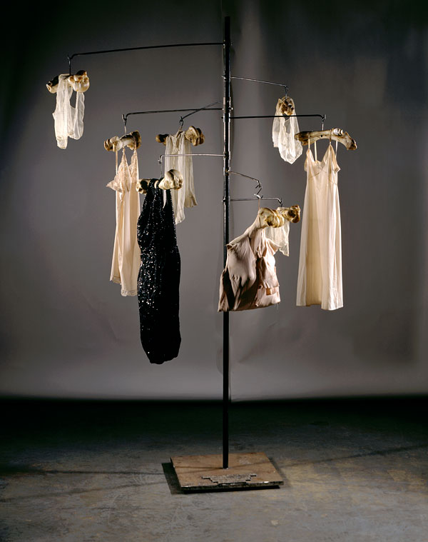 Louise Bourgeois, collection de l'artiste, photo Allan Finkelman, Adagp, Paris 2008