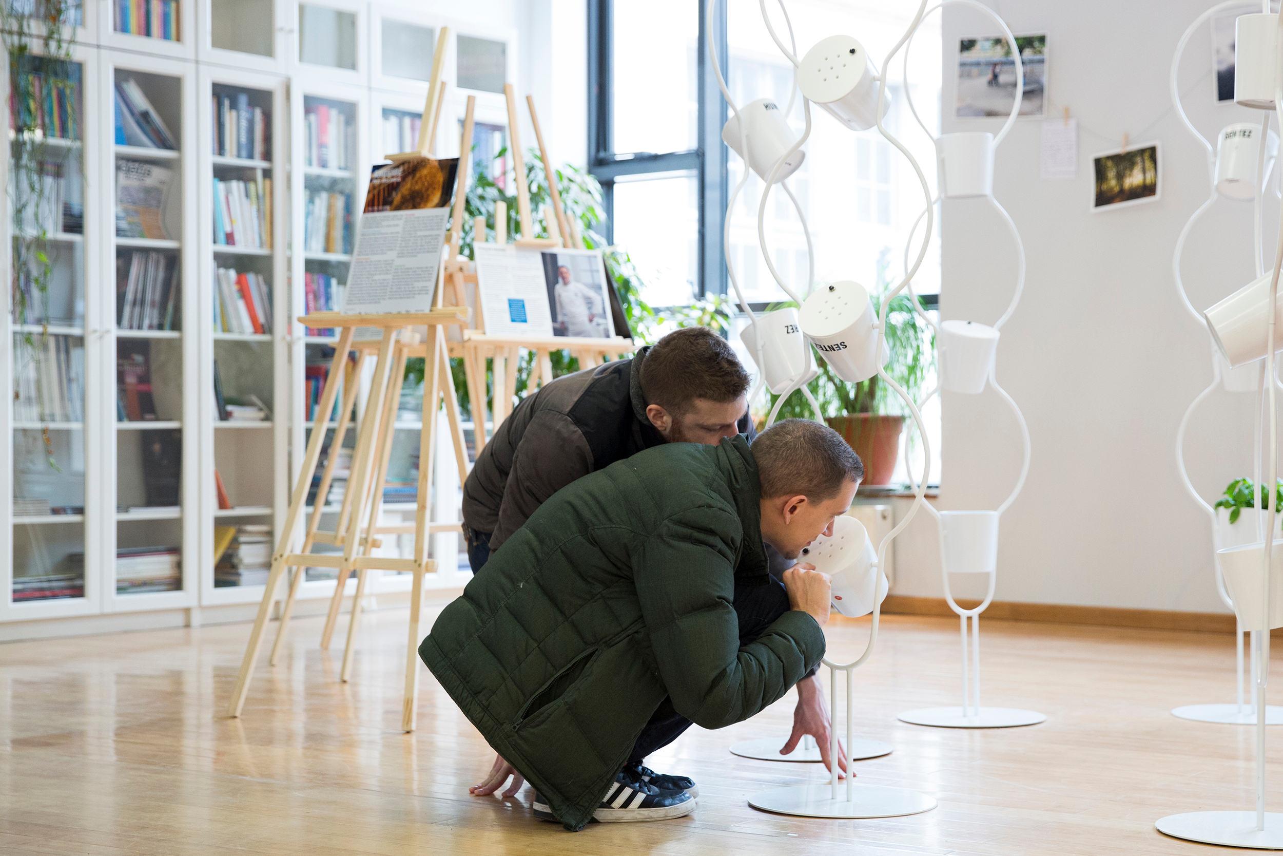 Vue de l'exposition «Anosmie, vivre sans odorat» à l'Espace Pierre-Gilles de Gennes à Paris, Eléonore de Bonneval, 2015