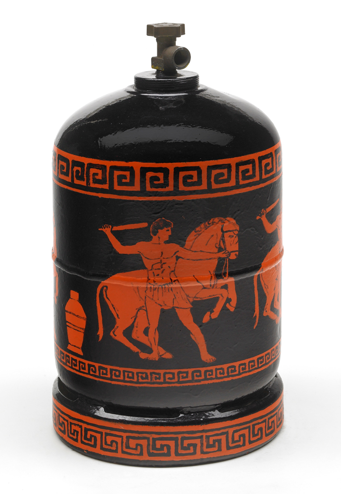 Gandagas A72993, peinture émaillée sur bonbonne de gaz, (60 x 30 x 30 cm)