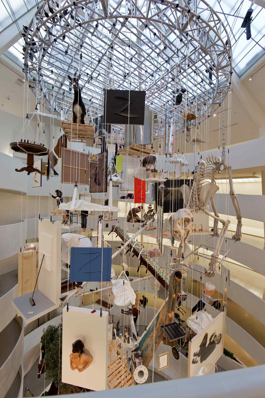 Vue de l'exposition Maurizio Cattelan : All, au musée Guggenheim de New York