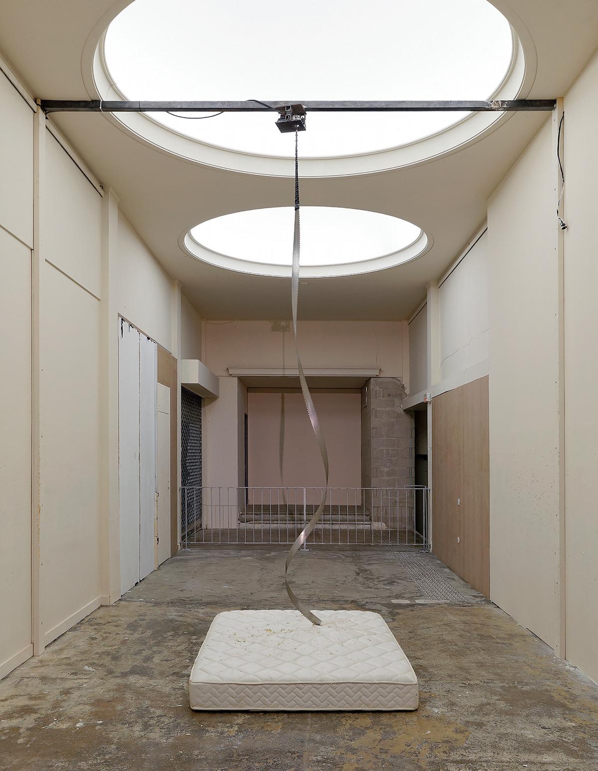 Vue d'exposition dans le cadre@des Modules (Fondation Pierre Bergé-@Yves Saint Laurent)