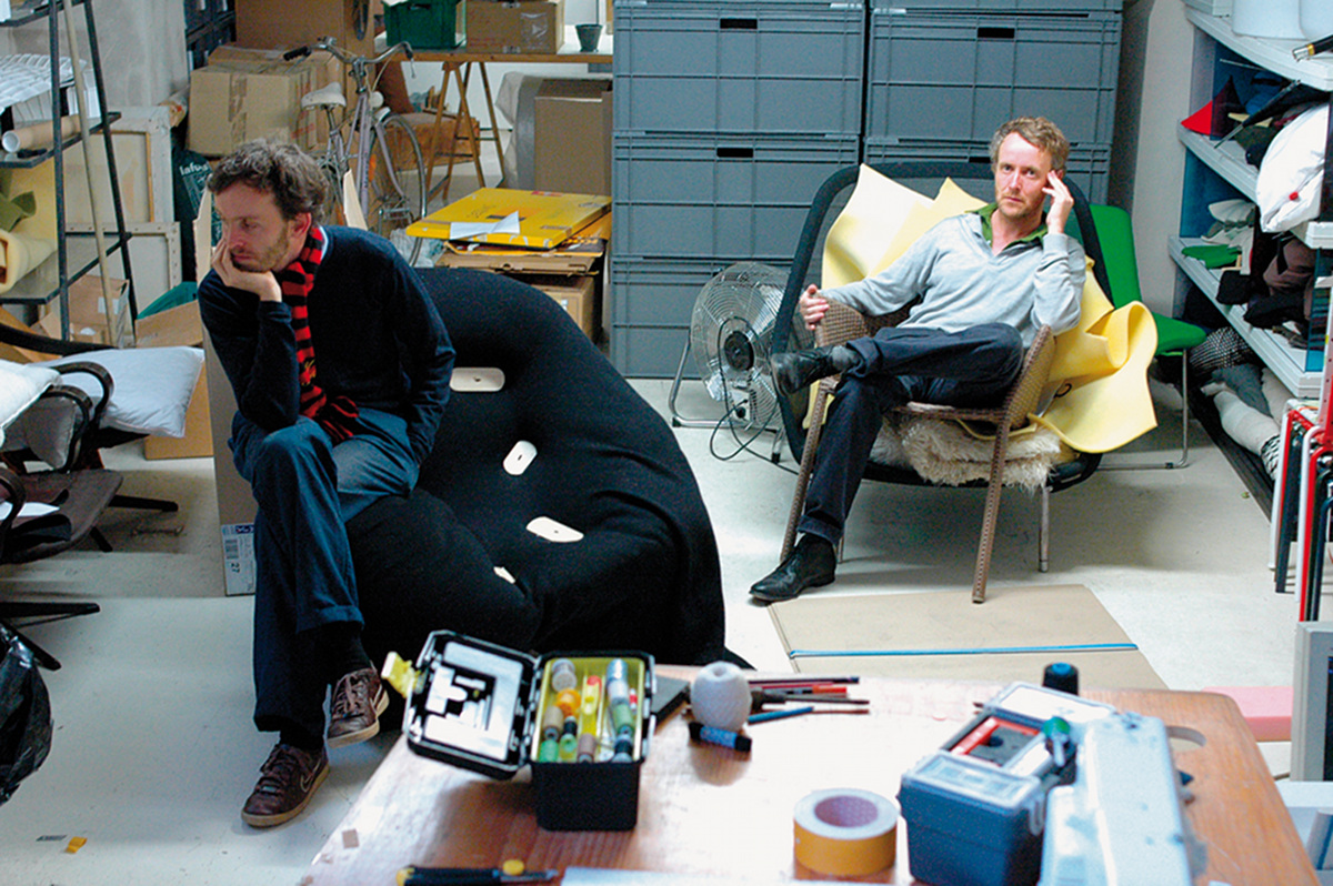 ronan et erwan bouroullec metz les castor et pollux de. Black Bedroom Furniture Sets. Home Design Ideas